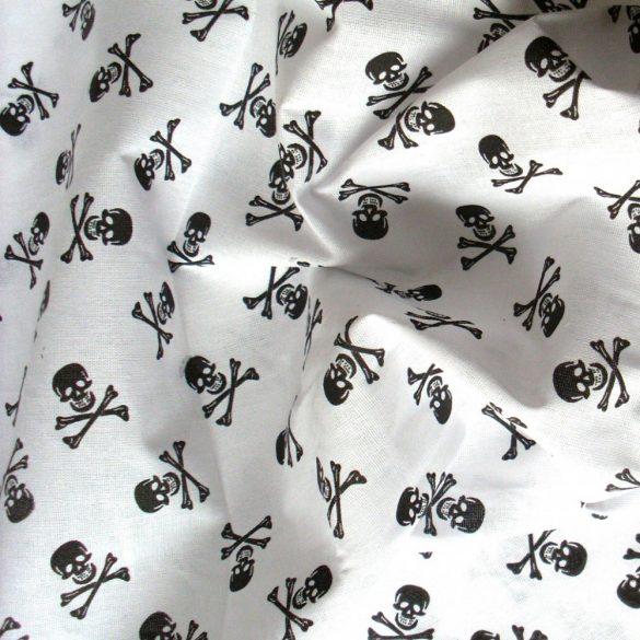 Halálfej fehér alapon fekete mintás pamutvászon