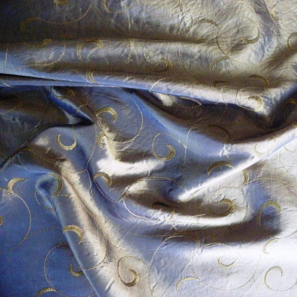 Hímzett gyűrt taft, irident kék sötétítő, dekorfüggöny anyag