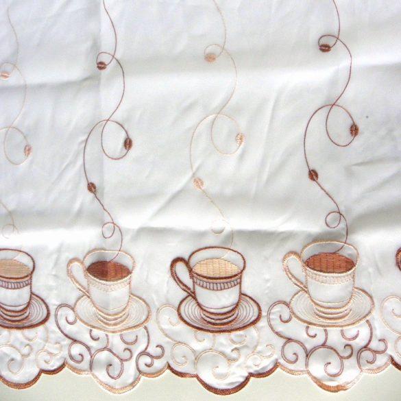 Hímzett, fehér voile vitrázs függöny, kávéscsésze mintával, 60 cm magas - maradék darab