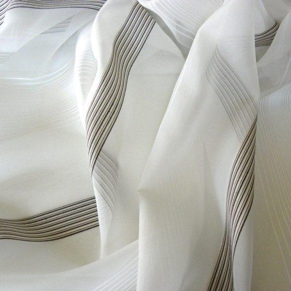 CSILLA, voile fényáteresztő függönyanyag, bézs selyemfényű csíkmintával, 180 cm magas