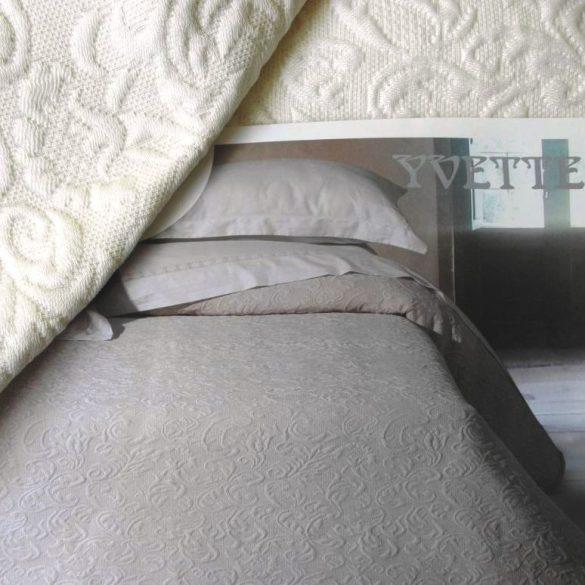 YVETTE, 02 ekrü ágytakaró 240 X 260