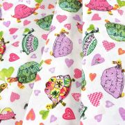TEKNŐCE, színes teknősbékás, szívecskés pamut vászon méteráru