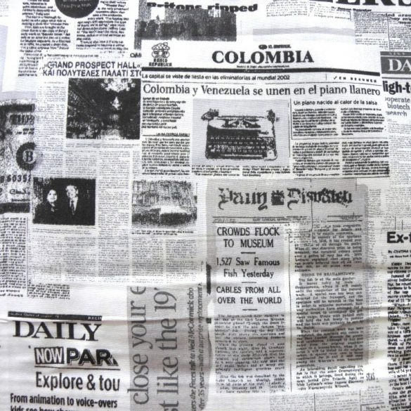 MAGAZIN, újság mintás, fekete-ekrü pamutvászon
