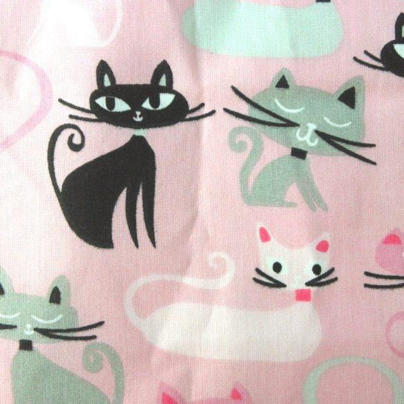 SZERÉNKE, rózsaszín, cica mintás pamutvászon méteráru