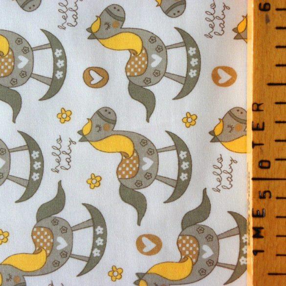ROCKY, hintaló mintás pamut vászon anyag, sárga-bézs