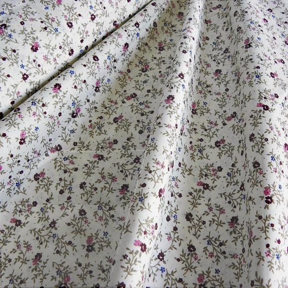 BERTA, apró lila virágos, leveles mintás pamutvászon