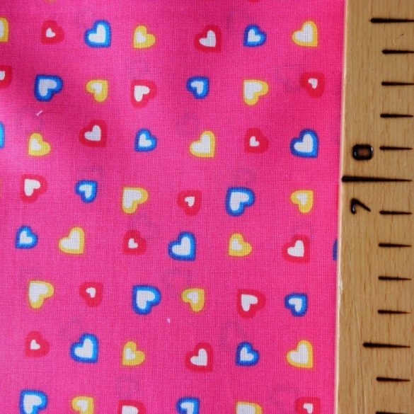 SZIVI, színes szívecske mintás  pamutvászon méteráru, pink