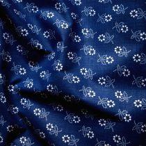 Kékfestő mintás kevertszálas vászon, kék.