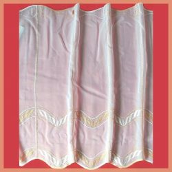 Hímzett, fehér voile vitrázs függöny, narancssárga mintával - 60 cm