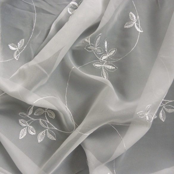 GALÁNTA, hímzett ekrü voile függöny anyag