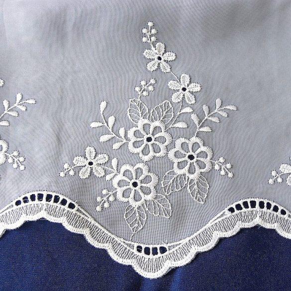 MARICA, fehér, hímzett voile függönyanyag, 200 cm magas