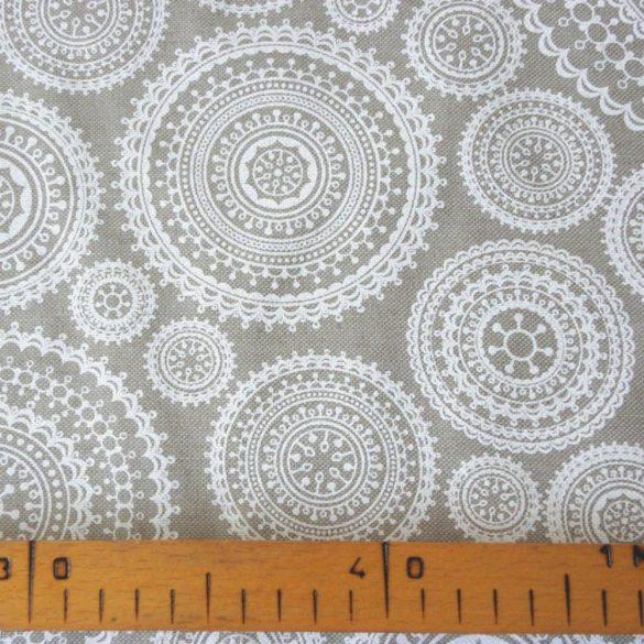 MUNRO, spanyol lakástextil, csipkemintás