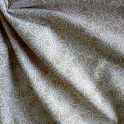 HALASI, csipkemintás lakástextil, dekorvászon, bézs. 140 cm és 280 cm széles