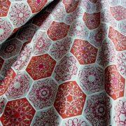 RICHMOND, spanyol lakástextil, hatszög csipkemintás, bordó