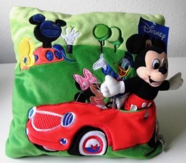 Disney párnák, pizsamatartók, gyerektakarók, törölközők